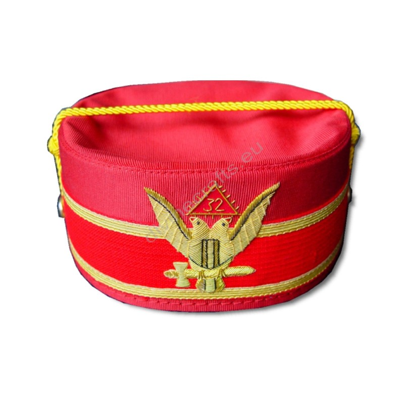32 Degree Special Cap Red